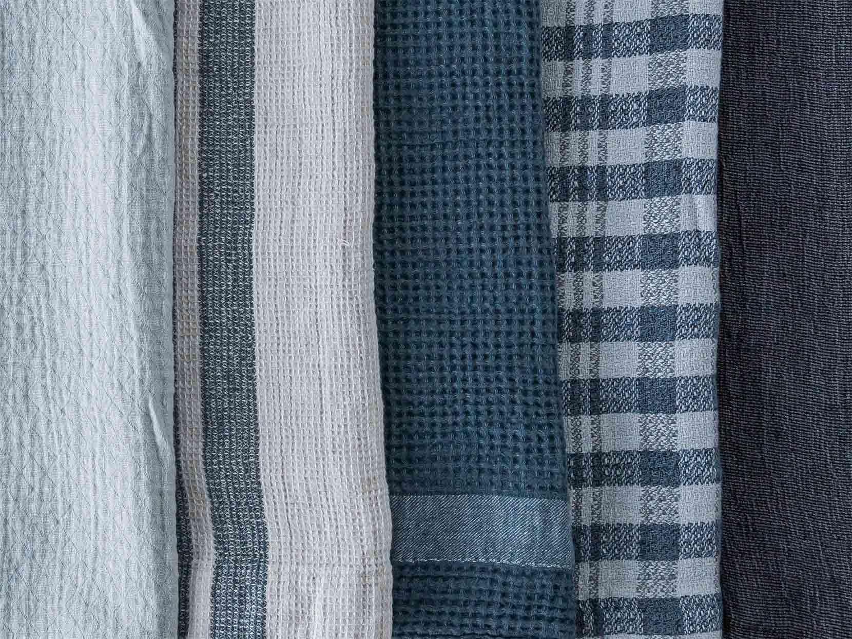 色々な種類の織があるリネンブランケット